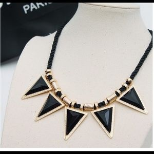 Jewelry - 💕Brand New high quality necklace--Black💕