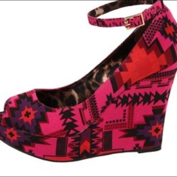 betsey johnson betsey johnson leopard pink platform peep
