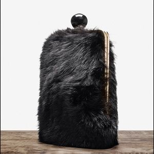 Üterque (Zara luxe) Black Toscana Shearling Purse.