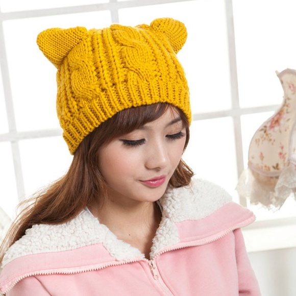 Beanie With Lace Cat Ears