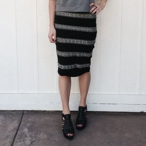 BB Dakota Dresses & Skirts - Midi skirt