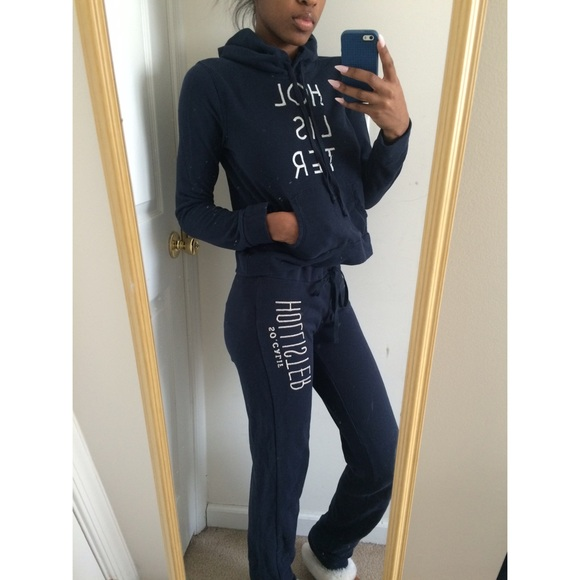 hollister jogging suits