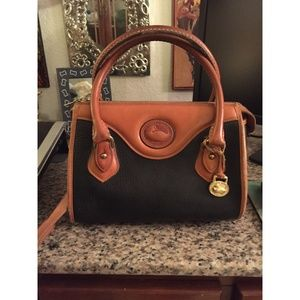 DOONEY & BOURKE - Vintage Crossbody