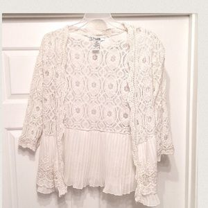 Pinky Tops - Beautiful Lace Cardigan!