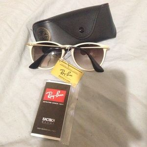 7db0667090e4e Ray-Ban Accessories - Authentic Ray ban Erika oculus sunglasses