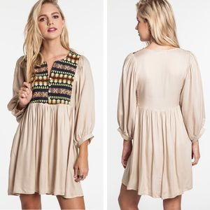S-L. Neon Beige Tunic Dress. NEW