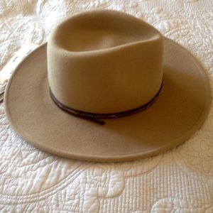 5243133d Stetson Accessories | Nwt Mountain Sky Crushable Hat | Poshmark