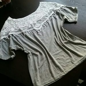 Tops - Gorgeous Lace top- new!