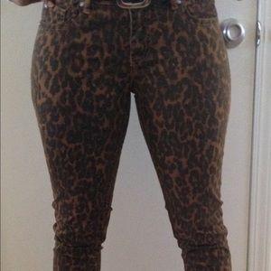 Cute pants size 6