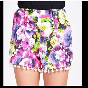 Pom pom shorts floral purple colors