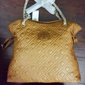 6f9cb1876e0e Tory Burch Bags - Tory Burch Marion Quilted Slouchy Tote (Tiger Eye)