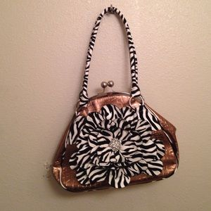 HANANEL Large Coin Zebra Shoulder Purse