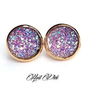 Handmade Jewelry - 3 for 15🎀light purple iridescent Drusy style stud