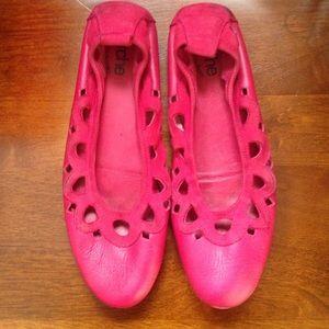 Arche Shoes - Arche Pink Flats