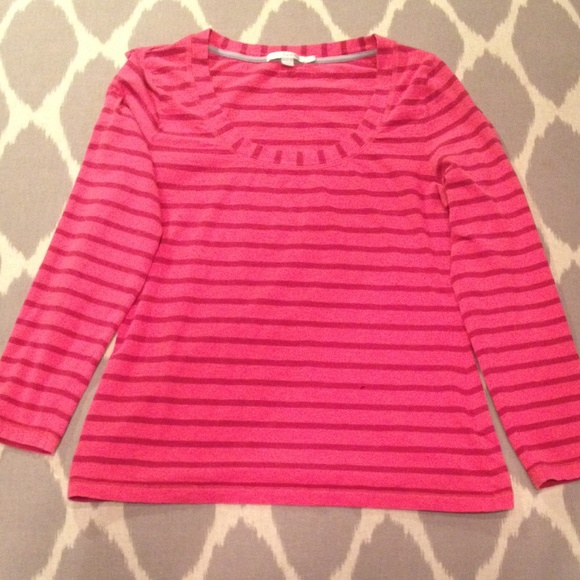 c0fdf762bc379 Boden Tops - 💝 SAAM Sale!💝Boden Hamptons scoop neck t-shirt