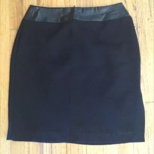 Dresses & Skirts - Great faux leather topped black skirt size 8