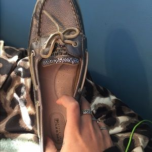 Silver, with lsarkles size 9 women Sperrys