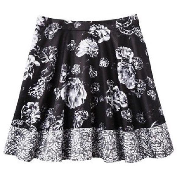 Prabal Gurung Dresses & Skirts - Prabal Gurung Target Black & White Floral Skirt