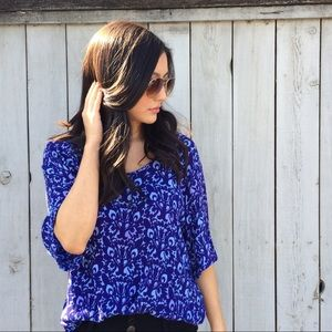 Blueginger  Tops - Printed Blue Top