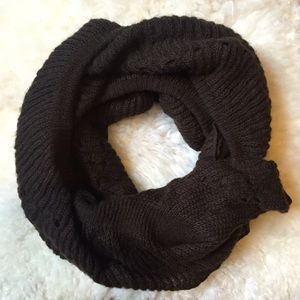 Zara Accessories - Zara Pointelle Dark Green Blanket Scarf
