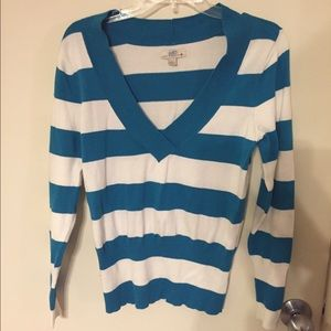 SO Sweaters - Blue & White Striped V Neck Sweater