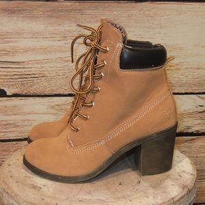 880fb6212c1 NEW Rock & Candy by Zigi High Heel Hiking Boots 7 NWT