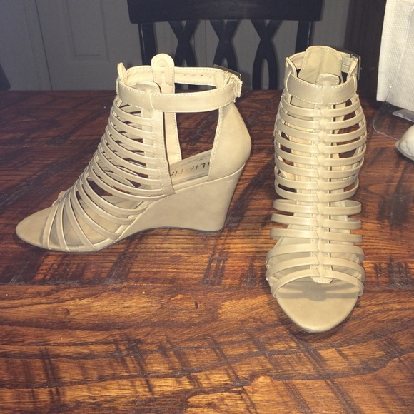 53 liliana shoes liliana beige wedges from s