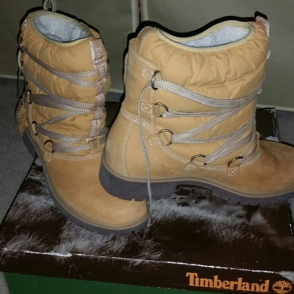 blue insulated timberland boots