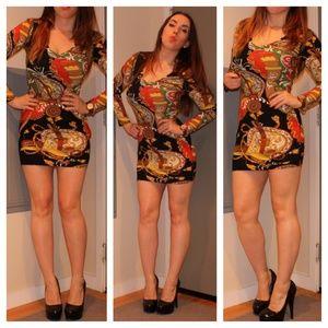 Dresses & Skirts - Printed Bodycon Mini Dress