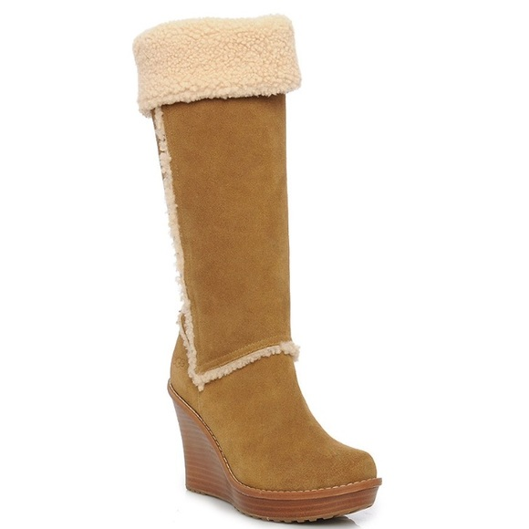 62 ugg boots ugg authentic aubrie chestnut wedge
