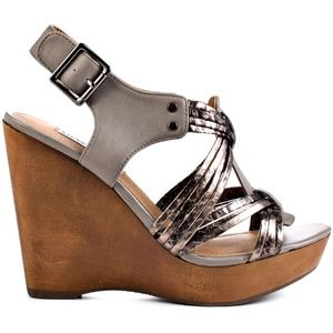 Steve Madden pewter wedges