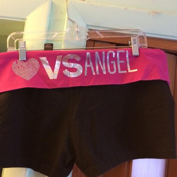 dad30d0960057 Pre-Loved Victoria's Secret Yoga Shorts XL