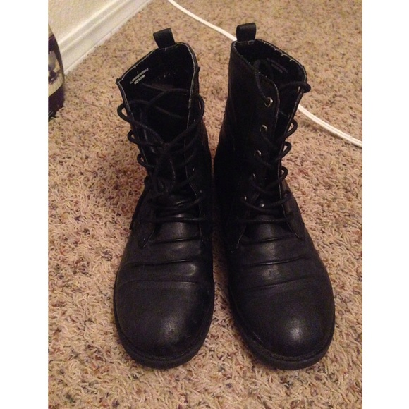44% off PacSun Shoes - Black low top combat boots from Cassidy's ...