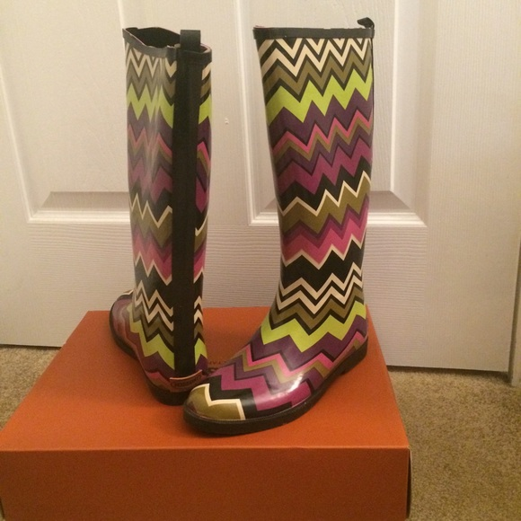 missoni shoes target rain boots poshmark. Black Bedroom Furniture Sets. Home Design Ideas