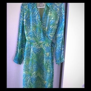 Retro wrap dress 100 % silk lining size 10
