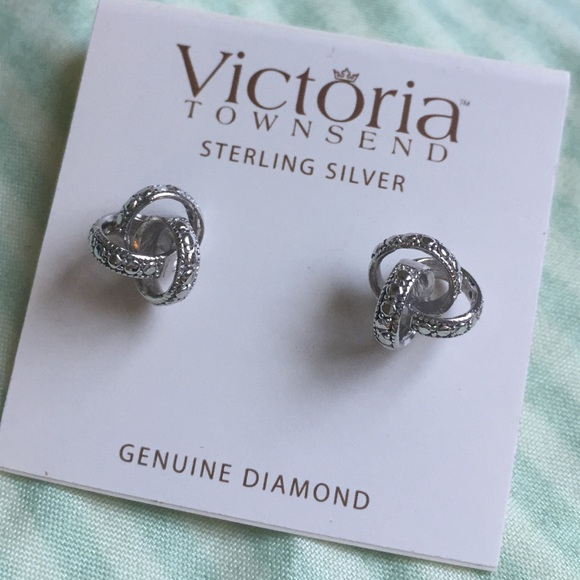ee5b24092 Macy's Jewelry | New Victoria Townsend Earrings | Poshmark