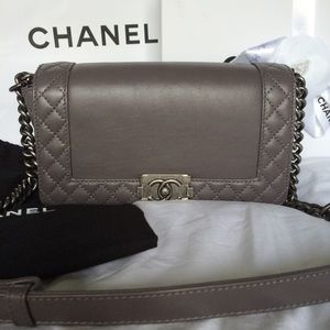 CCO NIB Chanel Le Boy Reverso Old Medium Gray