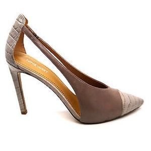 Nine West pumps new in box 9