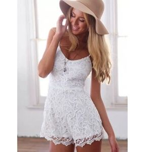 New White Crochet Lace Playsuit Romper❤️