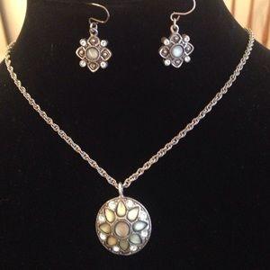 Vintage inspired necklace earring set