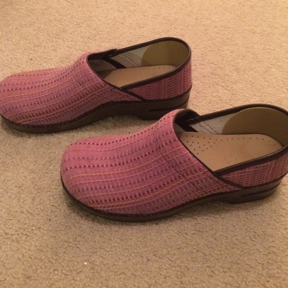 56 dansko shoes dansko pink plaid shoes size 42