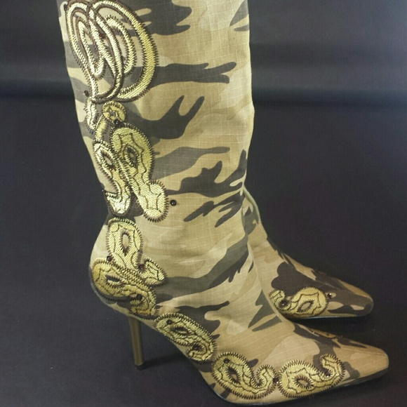 "Akdmks Shoes - Akdmks ""Hotness"" Camouflage Knee High Boots"