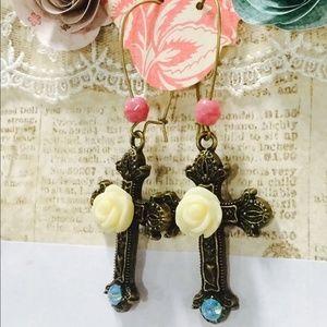 Jewelry - Cross earrings