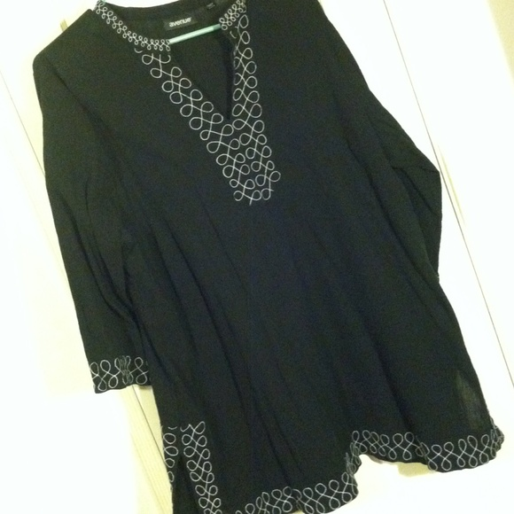SIZES 22 Black Embroidered Crinkle Cotton Blouse