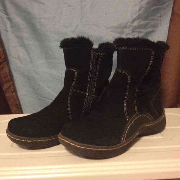 bare traps shoes suede boots by bare traps