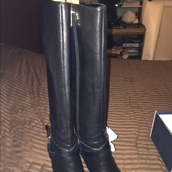 be3c3eb9524 Black Tommy Hilfiger boots with heel NWT