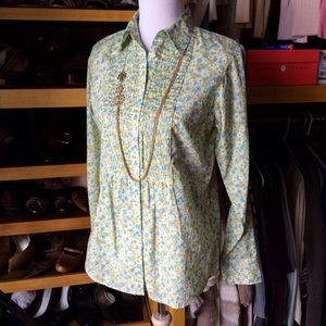 NXT1) Gap like new ditzy floral print blouse