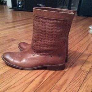 Frye boots. EXCELLENT CONDITION