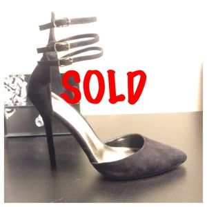 Just Fab black strappy pointed toe pump