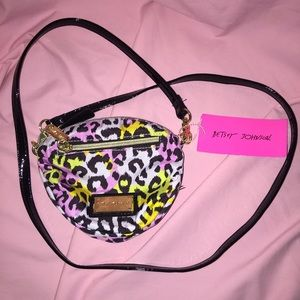 NWT Betsey Johnson Pastel Cheetah Crossbody!